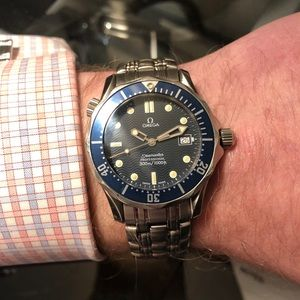 Omega Seamaster w/ box, warranty card, and manual